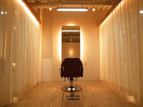 大阪府 吹田市 美容室の店舗デザイン施工事例